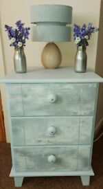 Upcycled light grey bedside table