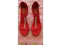 *New Ann Marino Red Satin Zig Zag Quilted & Diamanté T Bar Strappy Evening Sandals: Size:7.Christmas