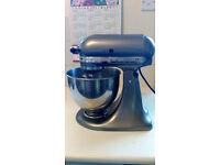 Kitchenaid Artisan mixer + slicer and shredder attachements