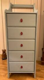Tall Boy 5 drawer chest of drawers.