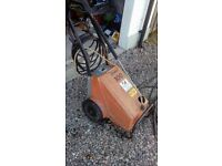 Commercial type cold power washer, Electric driven, working perfect, needs a wee tidy.