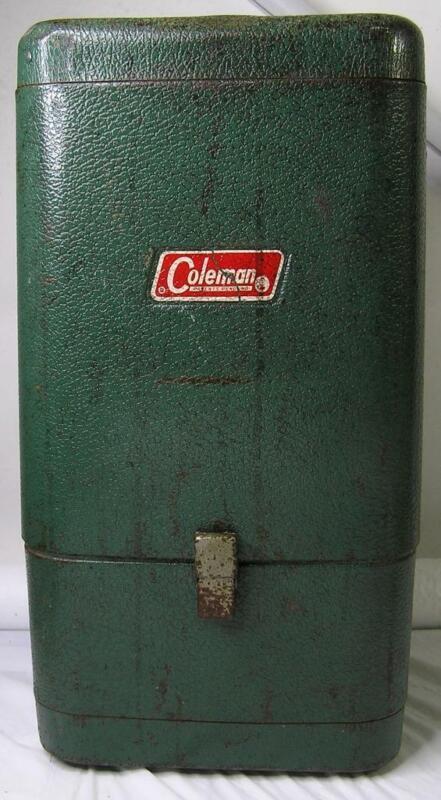 c1948 COLEMAN METAL LANTERN SAFE CASE FOR 220 LANTERNS-GOOD-AGE-RUST WEAR