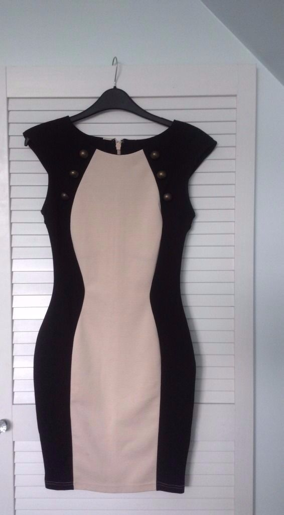 Lipsy London Black Bodycon Dress Size 8 UKin EssexGumtree - Lipsy London Black Bodycon Dress Size 8 UK Lovely bodycon dress from Lipsy London, really nice design. Brand new without tags! £22.50 Free second class signed for postage no collection (work different hours/late hours). If you have any questions...