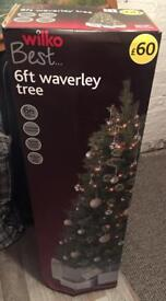 BNIB 6ft Christmas tree