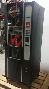 WITTERN 3205 Machine distributrice à boisson chaude Harley Davidson comme neuve!