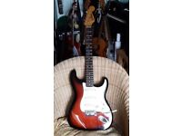 STRAT COPY. VINTAGE STYLE 62 STRAT BY JIM DEACON. AGED PARTS AND NECK. ALSO PEAVEY AUDITION PLUS AMP