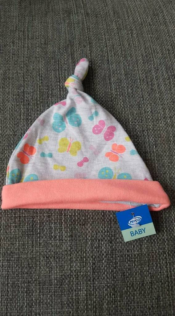 Brand new baby hat size 74