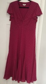 Ladies Summer Dress. Size 16. Worn once. Gorgeous colour.