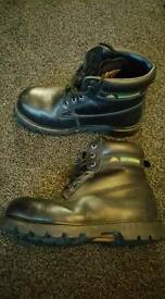 Steel toe & heel boots