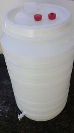 HDPE-Juice-drink-storage-Fermentation-tanks-for-wine-beer-cider-210L-or-46-2GL