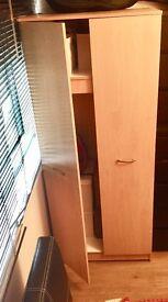 Wardrobe. Brown 184x75x52 cm.