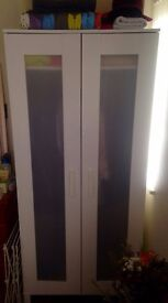 Wardrobe - Spacious and in very good condition