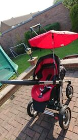 Maxi Cosi Mura 4 3 in 1 travel system with extras