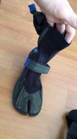 RipCurl Wetsuit Boots (Smallish)