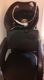 Wash unit + 3 styling chairs + 2 small chairs with wheels. Its only been used for 6 months.