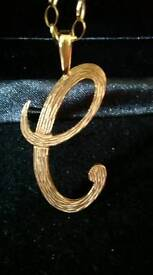 9ct gold initial pendant
