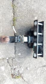 Chassis mounted Tow hitch