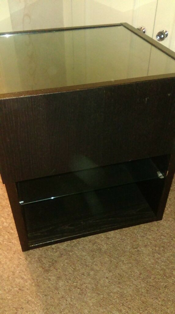 2 x drawer units/side tables, glass top + glass shelf. COLLECT.