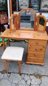 Pine Dressing Table, triple mirror and stool Bedroom Set