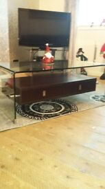 Excellent condition living room table set
