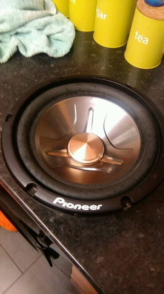 Pioneer Subwoofer 10 inch