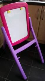 Tilting Easel for Great Positioning