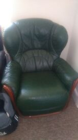 2 armchairs for sale colour green