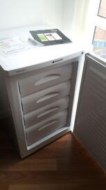 £125 - HOTPOINT RZAAV22P.1 - 77L Freezer. Pristine conditions!