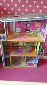 Barbie house 90cm width 120cm height
