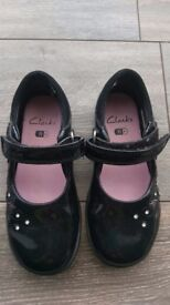 Size 7.5F girls Clarks with flashing lights