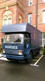 Horsebox Ford Iveco Cargo