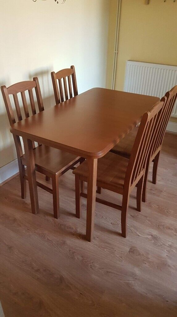 Extendable Dining Table Hull