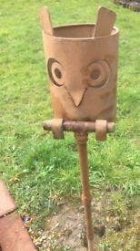 Metal Outdoor Owl tea light holder