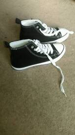 Walking shoes new