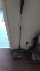 Gtech sw20 floor sweeper used but good condition needs collecting asap