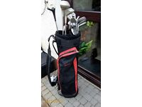 SET OF GOLF CLUBS WITH HOWSON BAG & GOLF TROLLEY