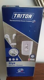 ELECTRIC SHOWER new in box