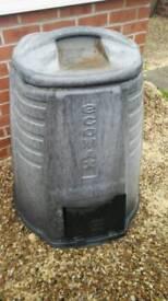 Composite bin