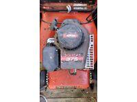 Briggs & Stratton 46cm Self Propelled Champion 375 Lawn Mower
