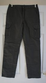BRAND NEW COLUMBIA MENS ACTIVE WALKING TOUSERS IN GREY - 30W 30L