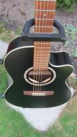 GODIN ACOUSTIC. BLACK CEDER WITH CUT AWAY.