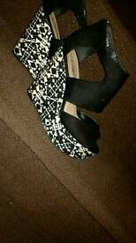 Newlook! Size 4 worn once!