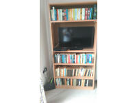 Bookcase/ TV stand