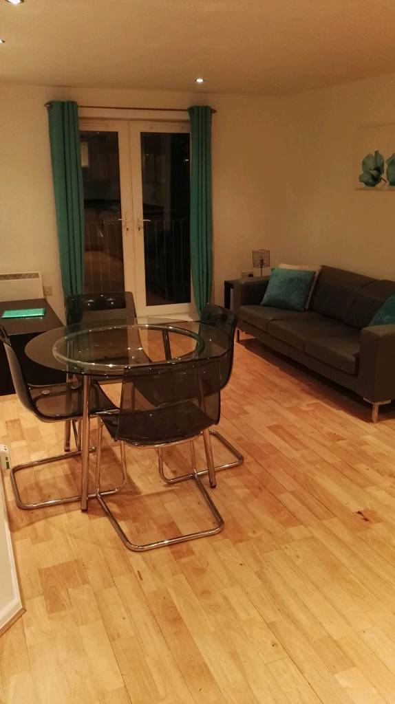 Two Bedroom Apartment Salford Quays