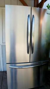 36 INCH STAINLESS FRIDGE FOR PARTS OR REPAIR