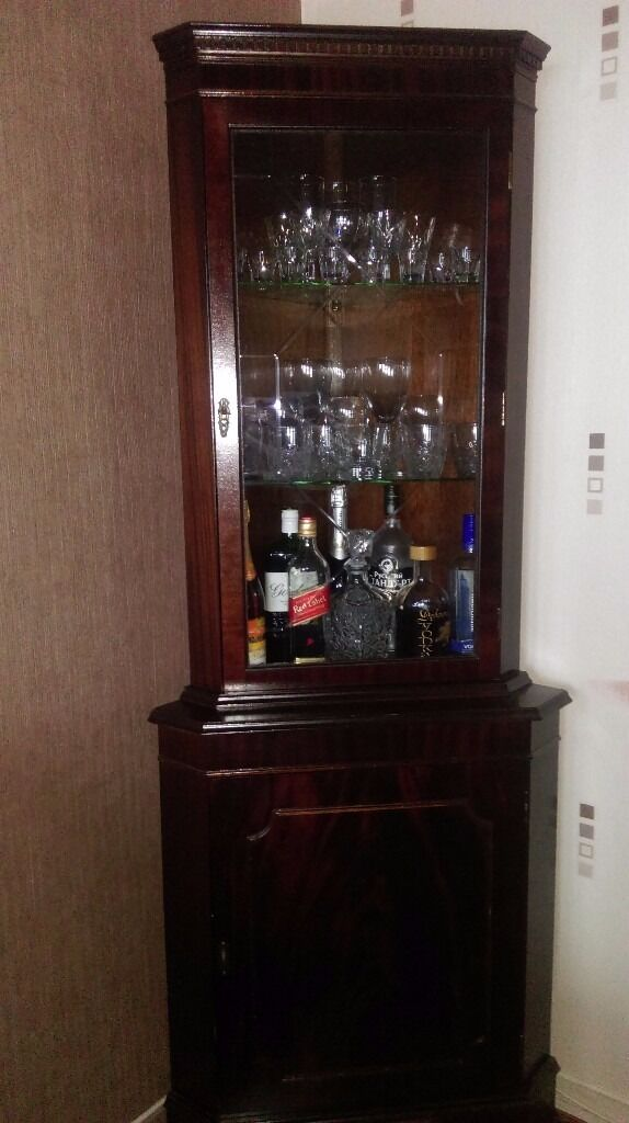 Wood corner unit for sale only30.00in AberdeenGumtree - Wood corner unit for sale in very good condition for only £30.00