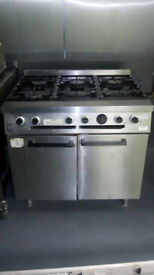 Commercial stainless steel gas oven. 6 burners