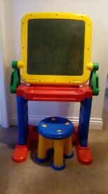 Childs desk/chalk board