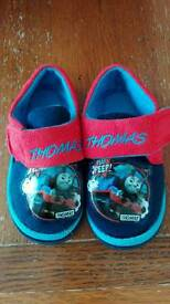 Thomas the tank engine slippers size infant 7
