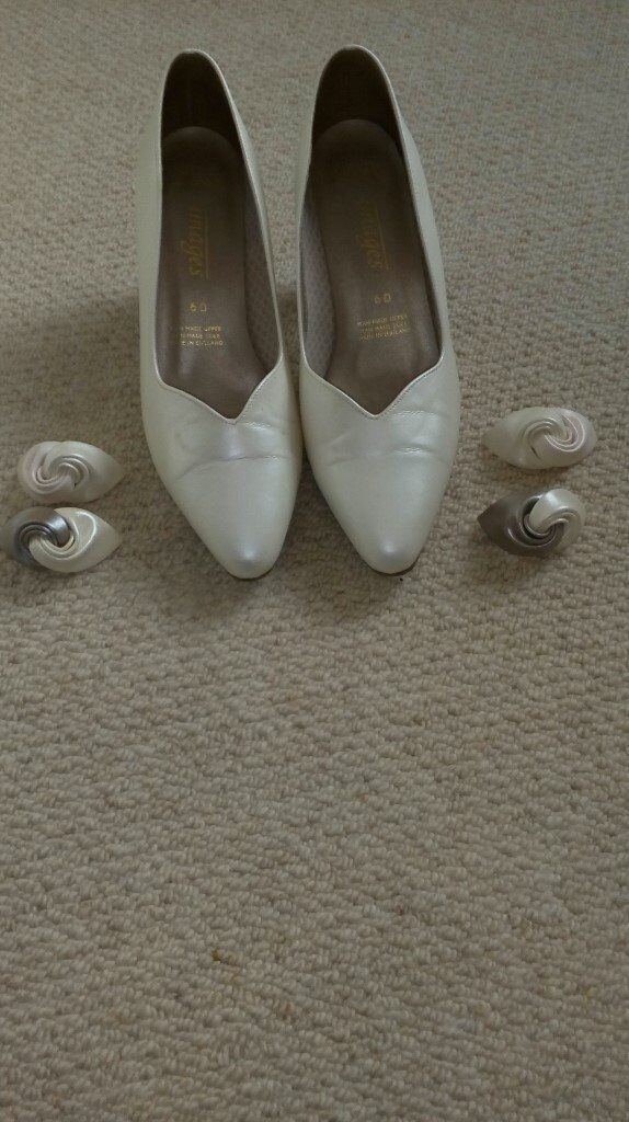 Clarks white pearl court shoe